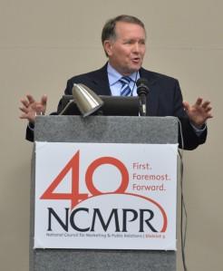 Steve Daily speaks to NCMPR delegates in Green Bay