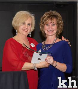 WBC President Patty Pavey presents award to Ivy Tech's Michelle Simmons